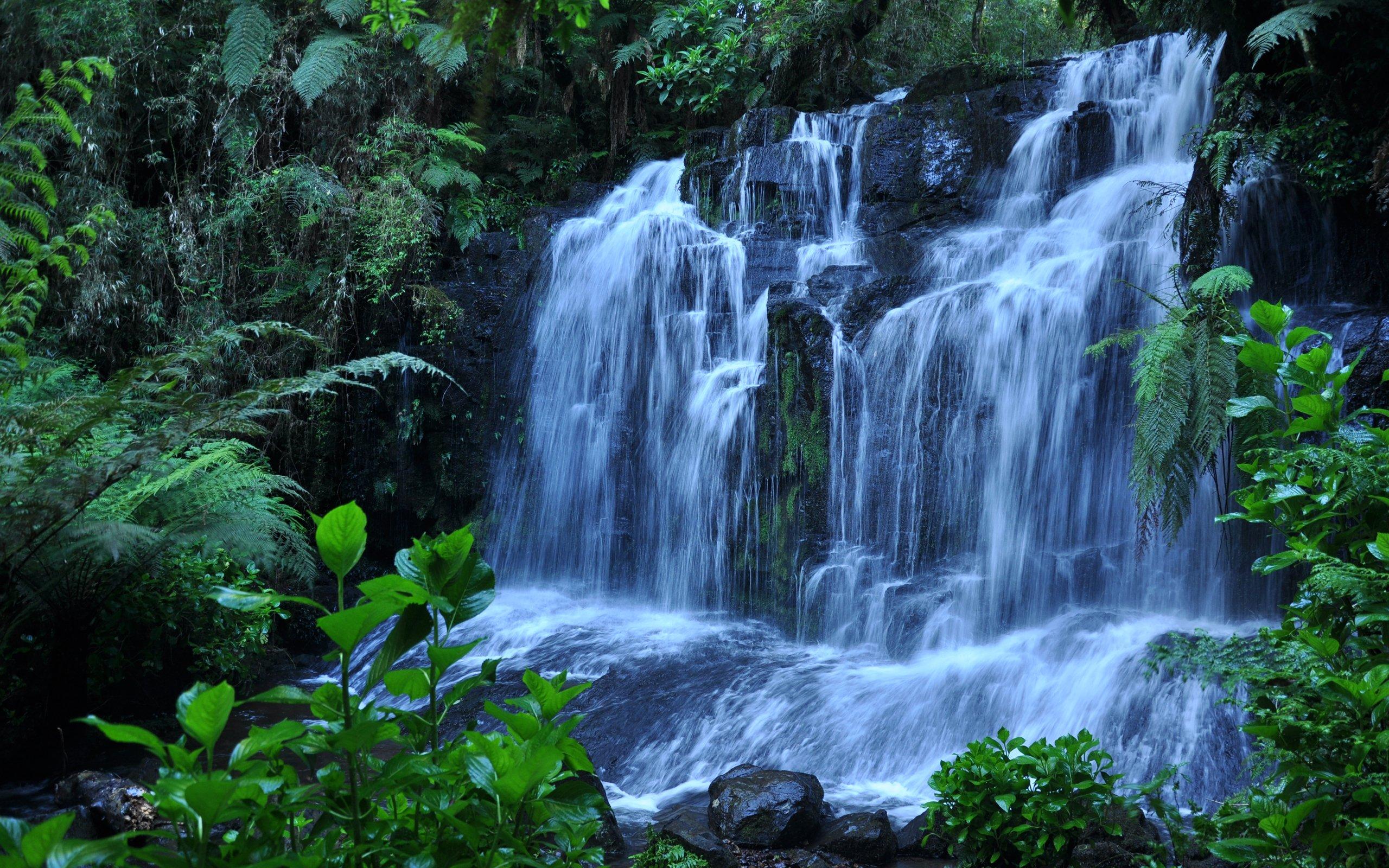 Водопад по камням  № 1869677 без смс